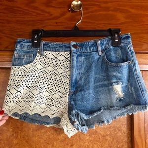 High waisted jean shorts with woven detail